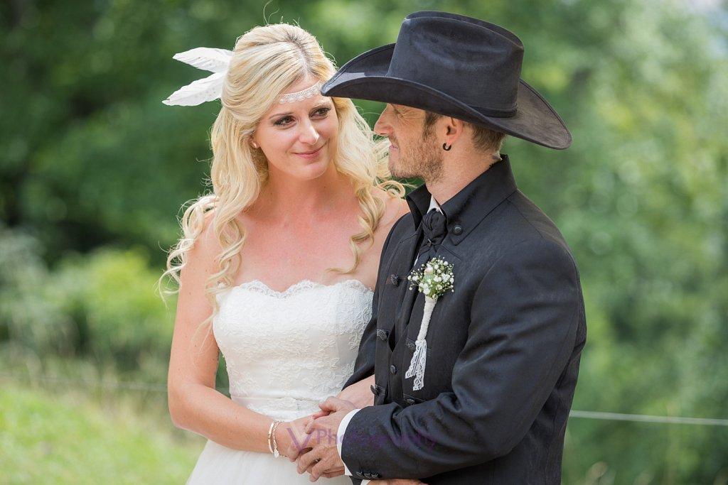 Country-Hochzeit-1.jpg